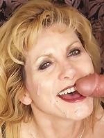 Mature MILF like man meat!